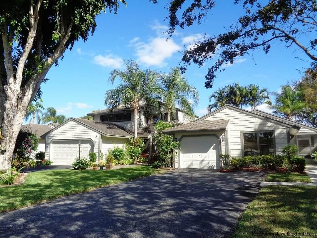 Bedford Mews Wellington FL Single Family Homes