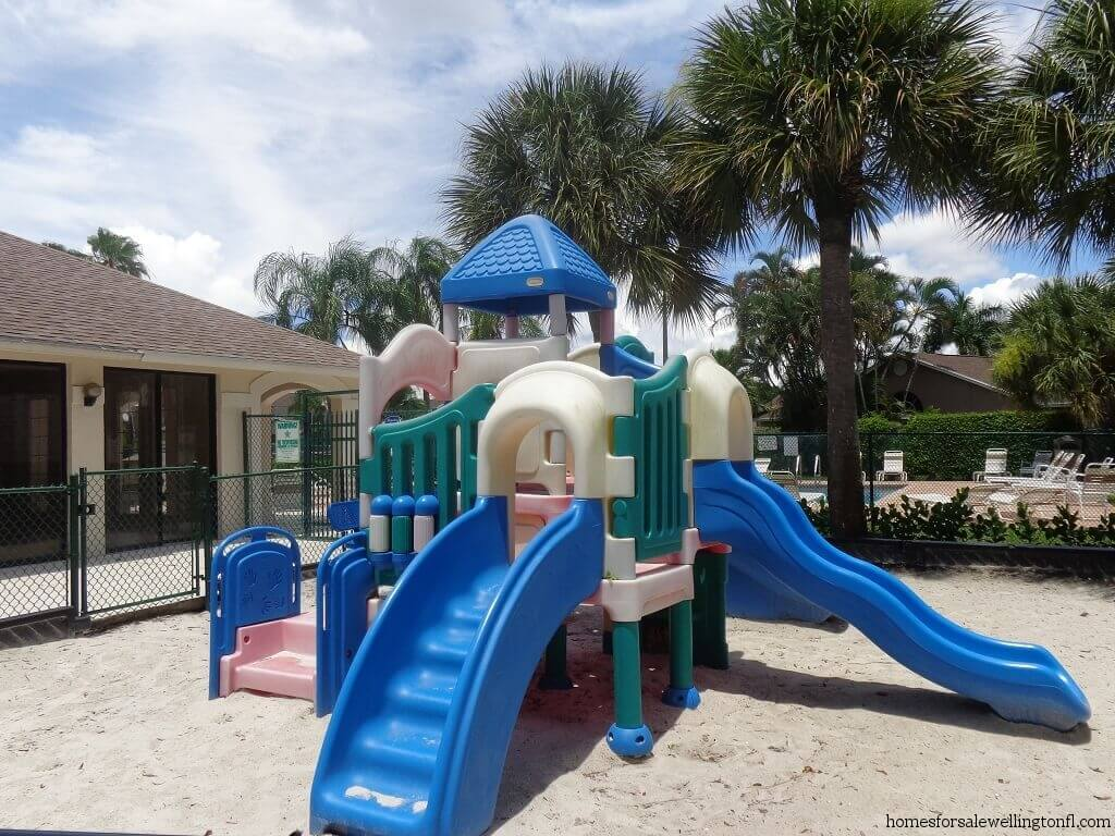 Meadowland Cove Foreclosures in Wellington FL - Tot Lot