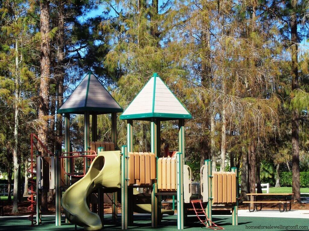 Greenview Shores in Wellington FL - Brampton Park