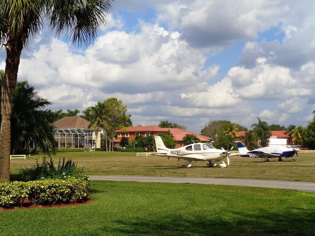 Aero Club Bank Owned in Wellington FL
