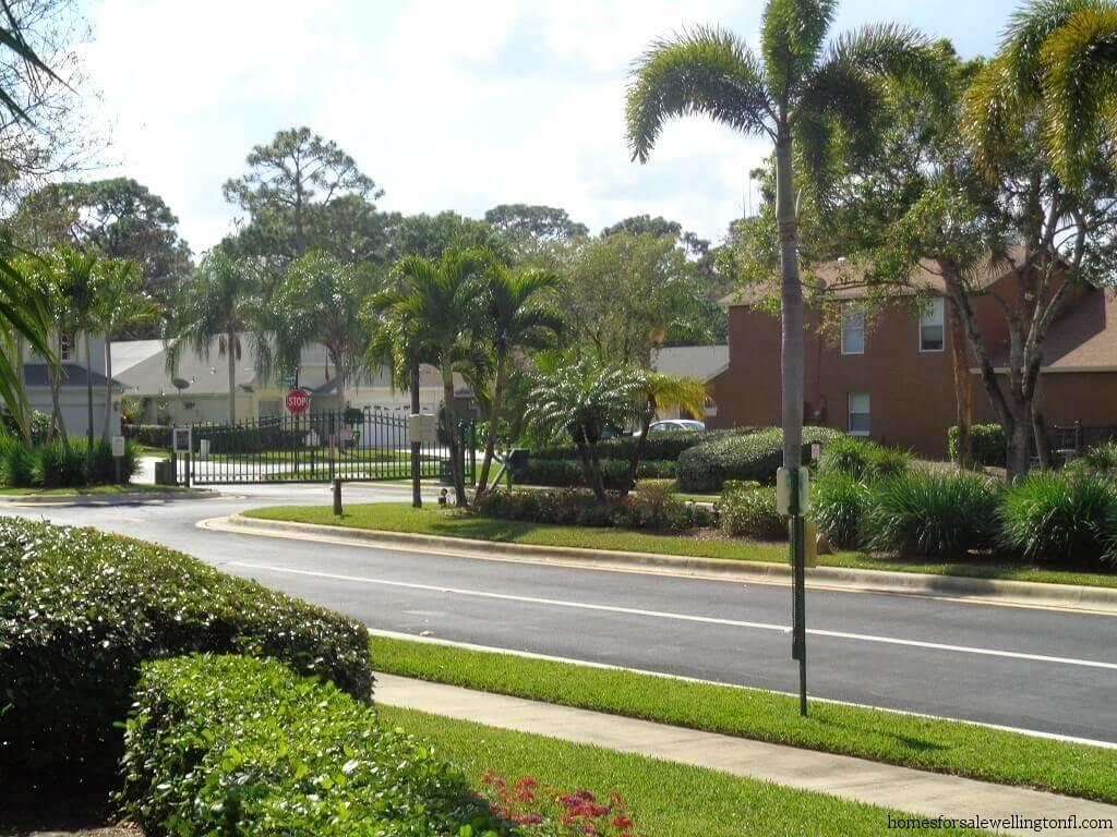 Binks Forest in Wellington FL - Brindlewood at Binks Forest - Gated Entrance