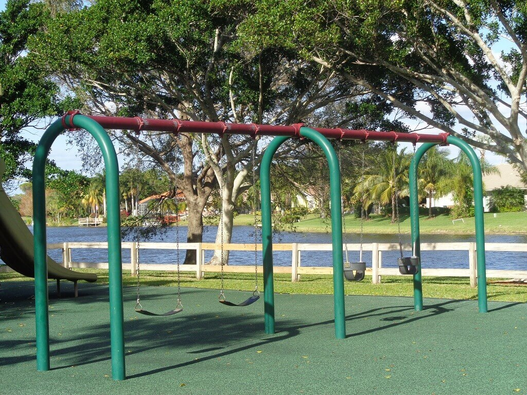 Greenview shores homes for sale in wellington florida for Swingvillage