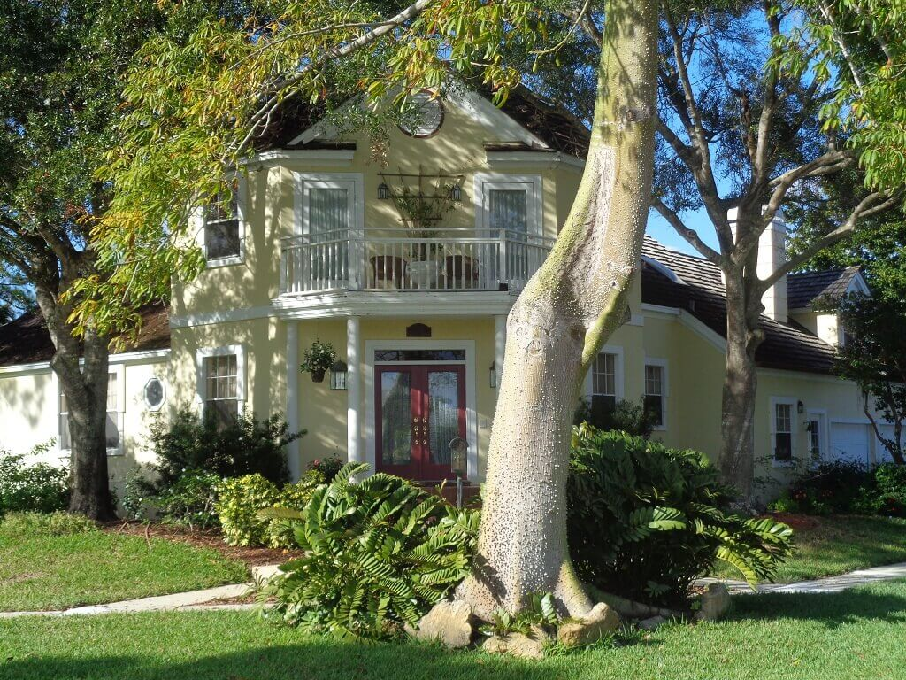 Greenview Shores Bank Owned in Wellington FL - Chatsworth Village