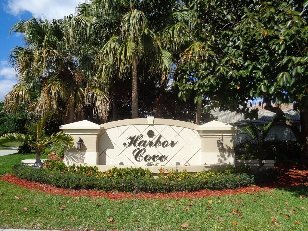 Wellington FL Real Estate for Sale - Harbor Cove Development