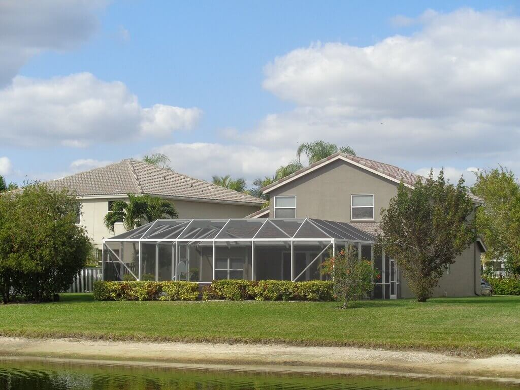 Grand Isles Real Estate for Sale in Wellington FL - Screened Pool