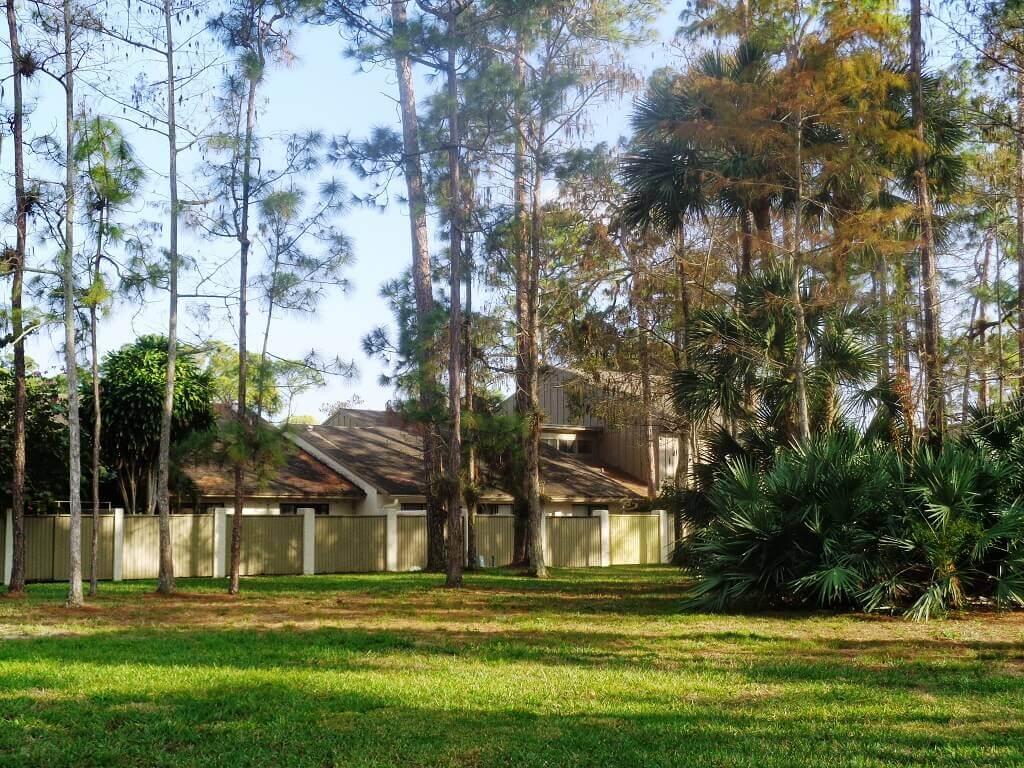 Hidden Pines Bank Owned in Wellington FL
