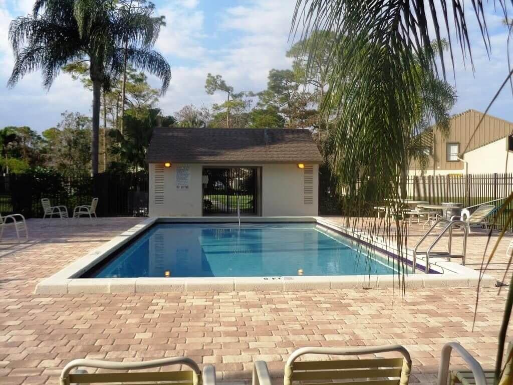 Hidden Pines Homes in Wellington FL - Pool