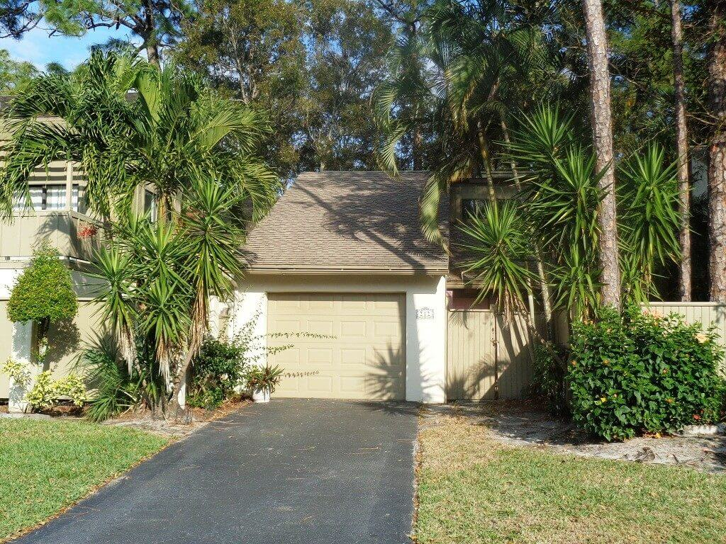Hidden Pines Real Estate for Sale in Wellington FL