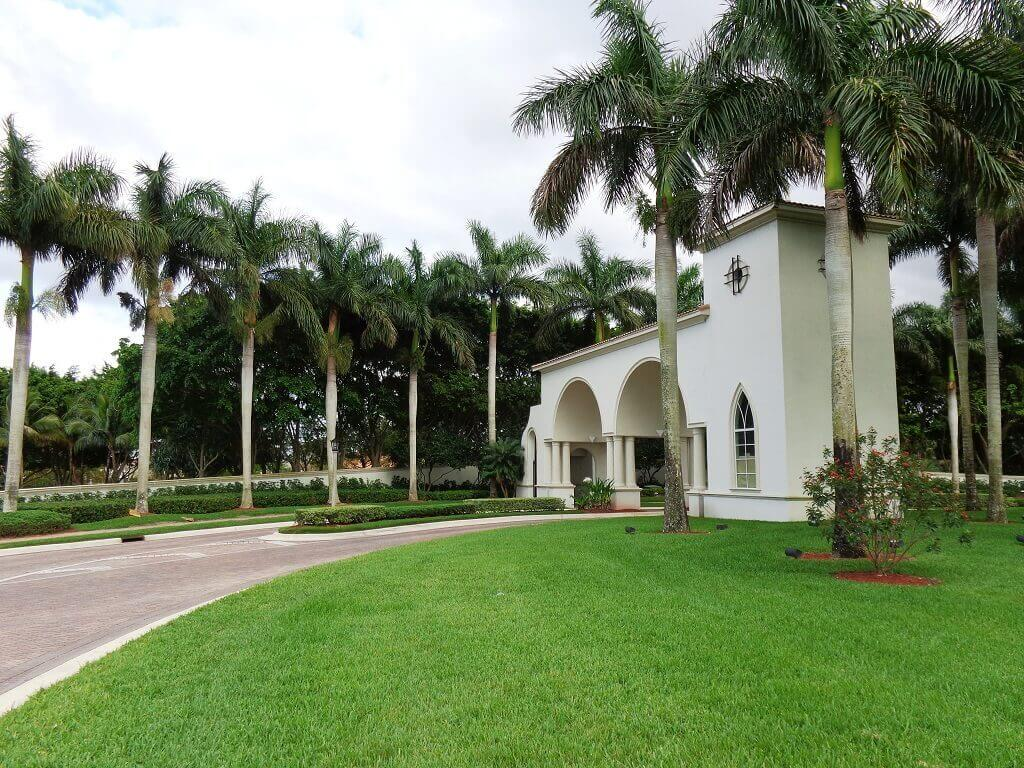 Olympia Homes for Rent in Wellington FL - Guard Gated Entrance