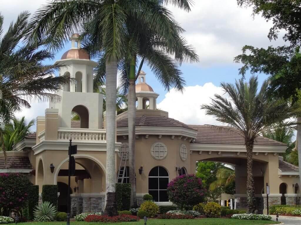 Versailles Homes for Rent in Wellington FL